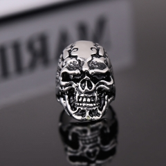 EVBEA Size 8-11 Band Party Huge Polishing Skull Ring 316L Stainless Steel Cool Fashion Men Silver Biker Skull Ring Jewelry
